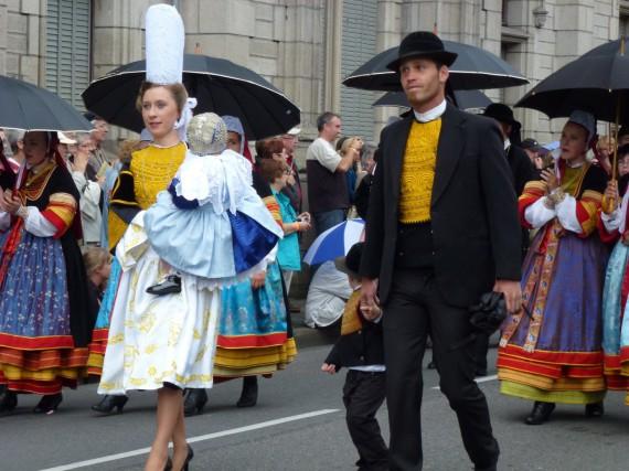 カンペール(ブルターニュ)のコルヌアイユ祭り